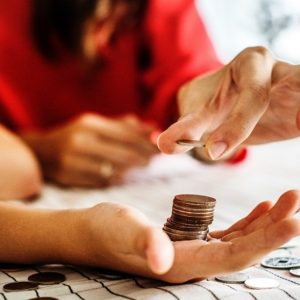 Top 10 Money Saving Lessons You Need to Teach Your Kids
