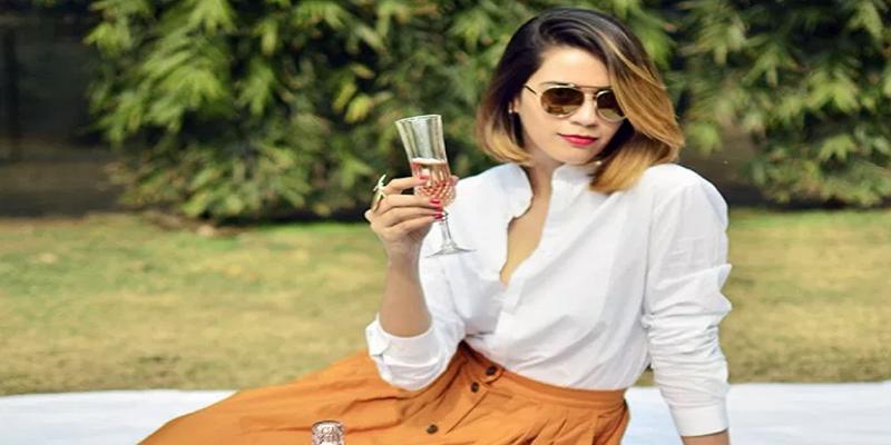 Akanksha Redhu Indian Beauty Blogger