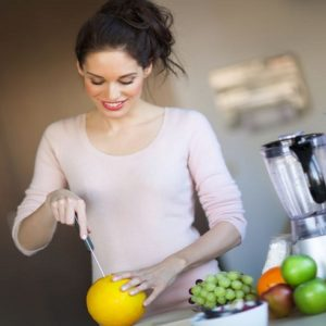 10 Dangers of Juicing and How to Avoid them