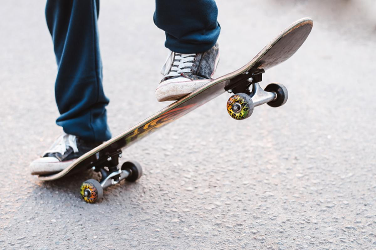 gifts for 9 year old boys-Skateboard